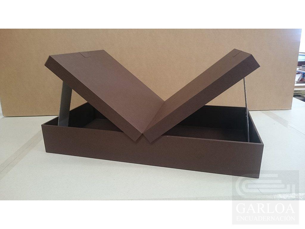 Caja de madera multiapertura