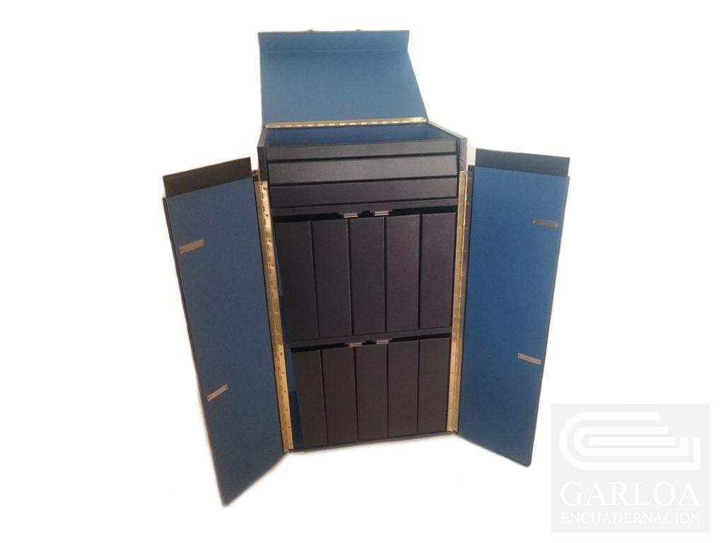 Caja de madera para carpetas